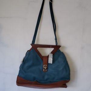 Alyssa Shoulder Bag